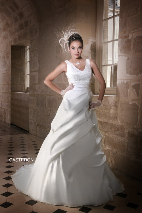 robes de mariage robes de soir e et d coration robe de mari e priam. Black Bedroom Furniture Sets. Home Design Ideas