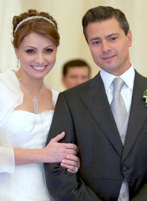 Foto de Angelica Rivera y Enrique Peña en su boda