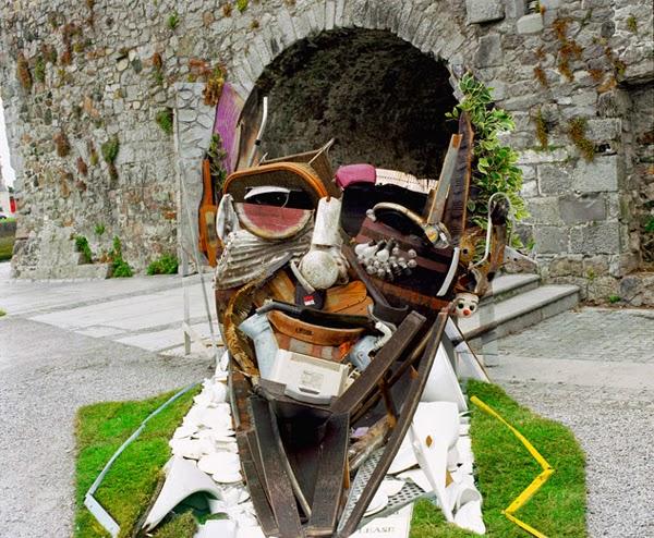 17-Bernard-Pras-Art-in-Sculpture-Point-of-View-www-designstack-co