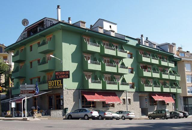 hotel en ainsa huesca:
