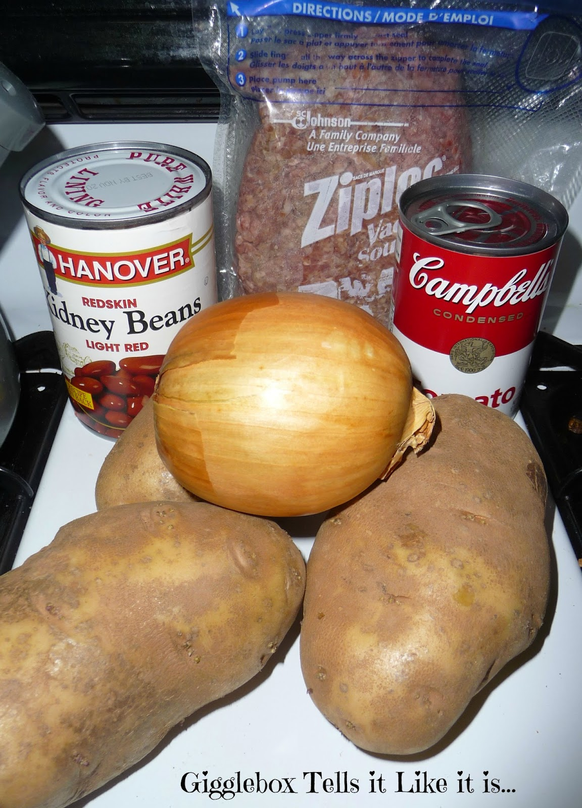 recipe, hamburger meat, potatoes, kidney beans, onions, dinner on a budget,