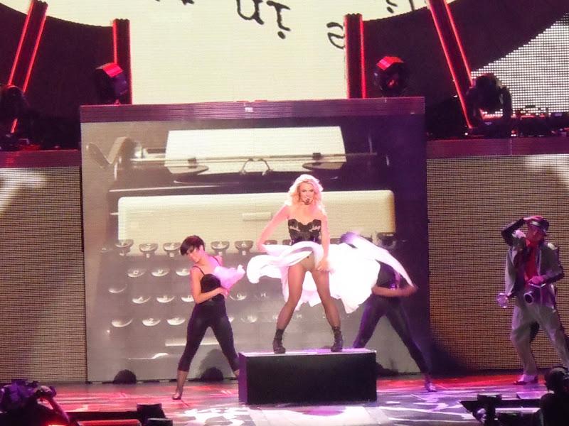 Britney's Marilyn Monroe Femme Fatale concert