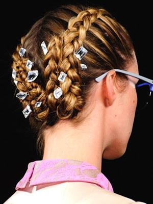 Peinados 2014 con accesorios hebillas