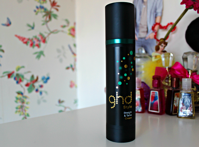 Review | GHD Straight & Tame Cream