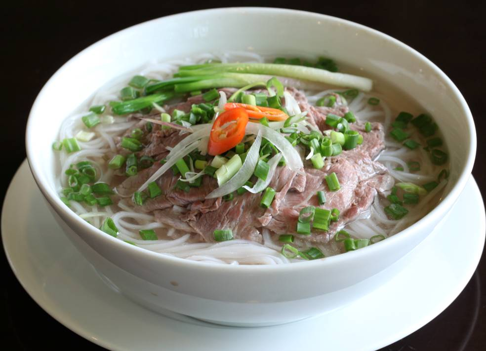 Pho (Vietnamese Rice Noodle) ~ vietnam culinary tour - Hoi An Culinary ...