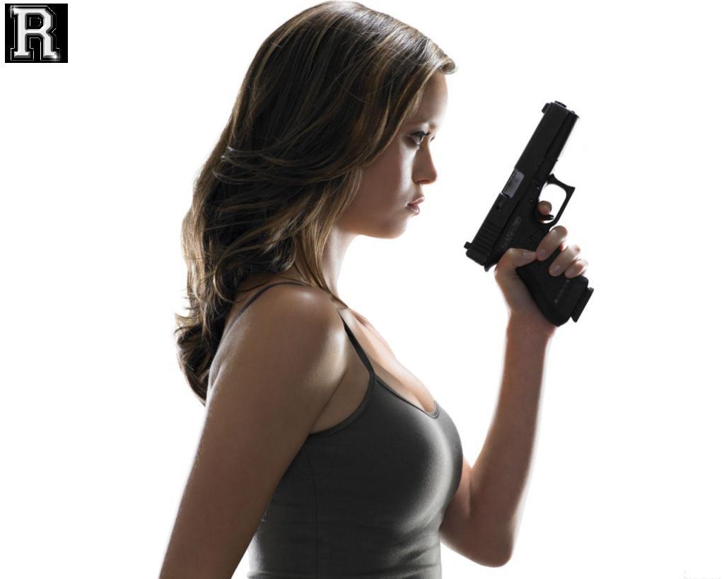 http://4.bp.blogspot.com/-weHvZfeg9bA/TYzyelNjl6I/AAAAAAAAXfE/SNK7UrvvMZw/s1600/girl%2Bgun4.jpg