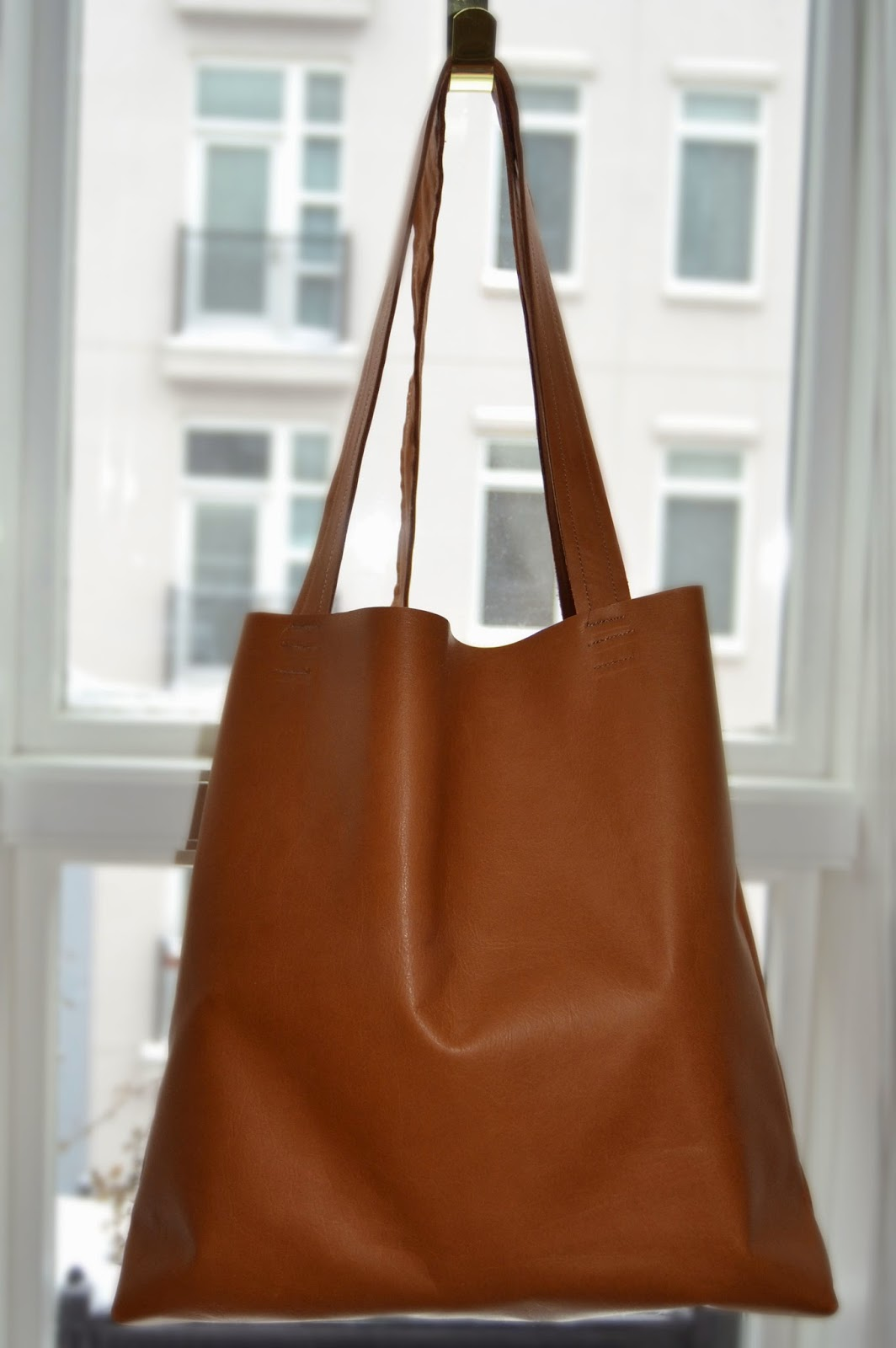 The Crafty Novice DIY Sew Leather Tote Bag