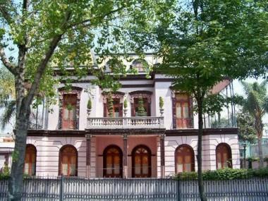 Estadopuebla desalojan la casa de los enanitos ubicada for Casa enanitos