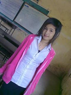 Youko Saki Lin Facebook Cute Girl Student Uniform Photo 2