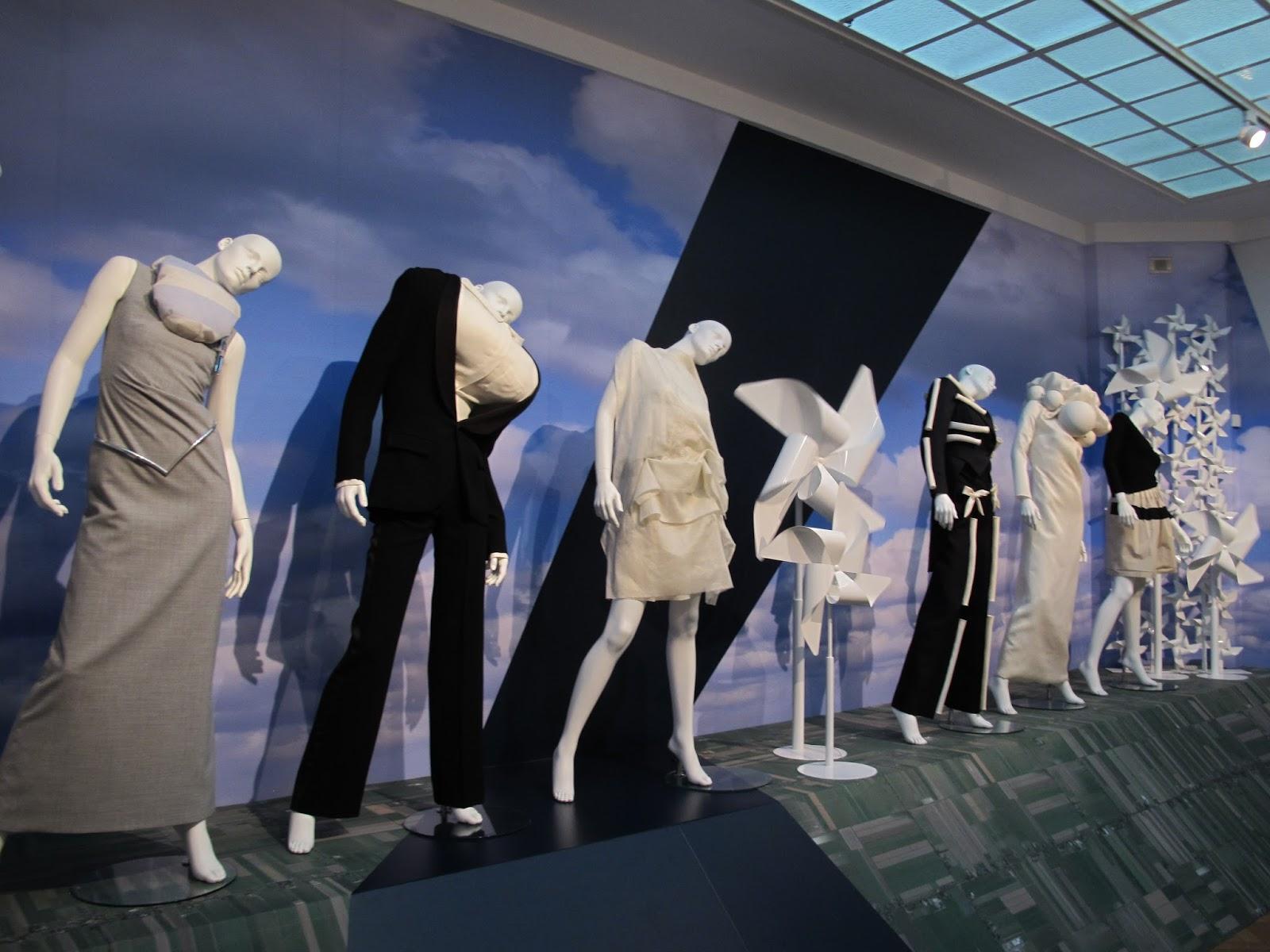 Biebkriebels: ode to dutch fashion