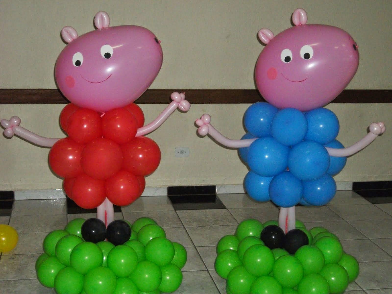 Peppa e George de balão