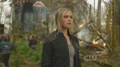 "The 100- Episode 1.01 ""Pilot"" Preview- The show starts with an intriguing storyline and good character insight"