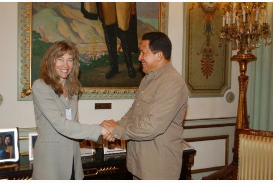 Linda McQuaig meeting el presidente