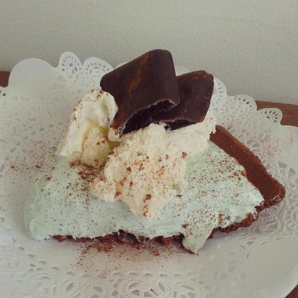 Livin' It Bekah Style: La Kitchenette Souris : Frozen Grasshopper Pie