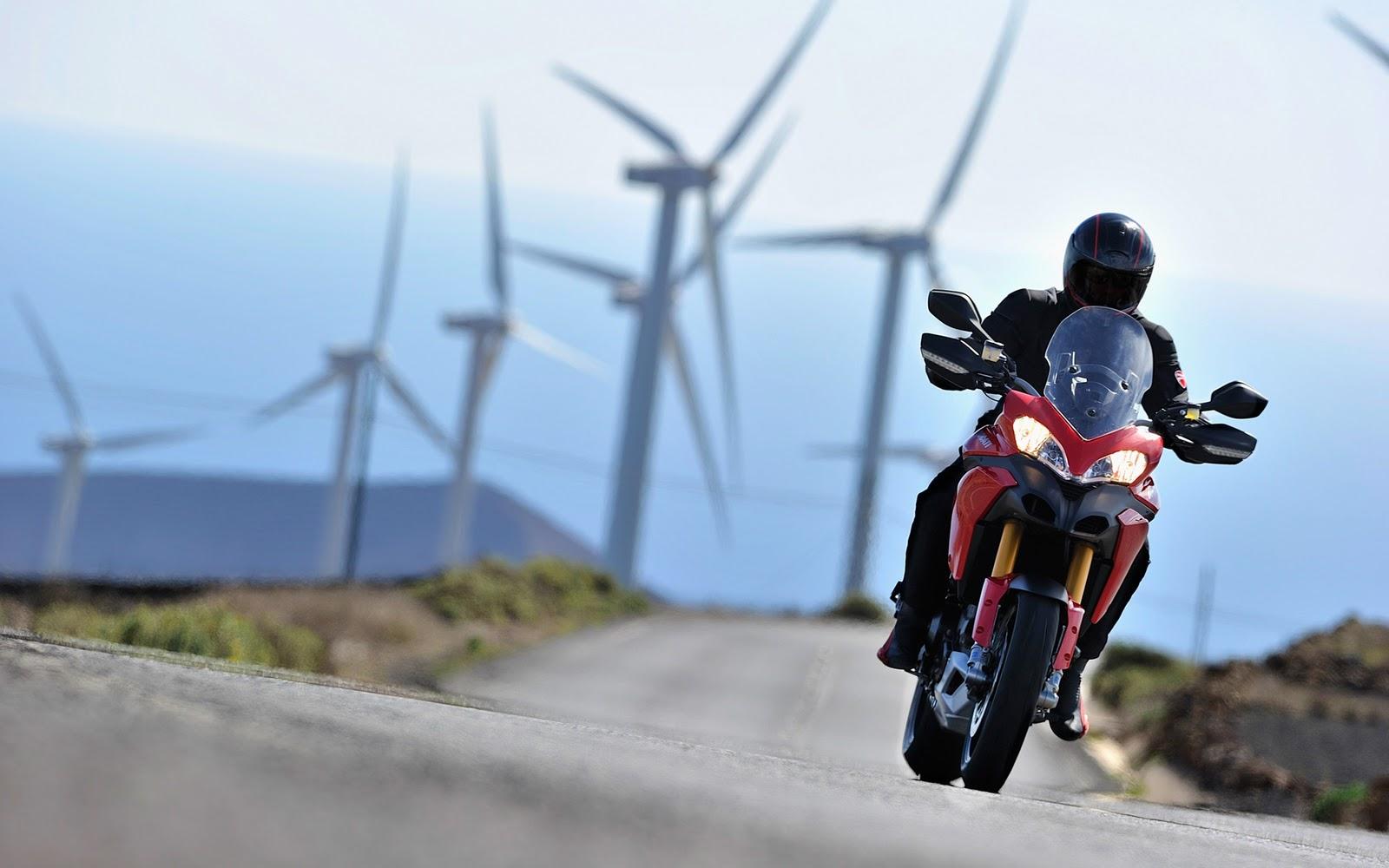 http://4.bp.blogspot.com/-wfgXtyPz8mo/ToO6376Q0eI/AAAAAAAAZgg/1Tl-85o9ZQU/s1600/Ducati+Wallpapers+-Multistrada.jpg