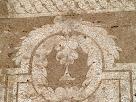 Detall dels esgrafiats de la cara nord de la Rectoria