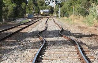 Train-Tracks-Pictures-Images-Pics-photos