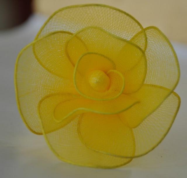Cặp đôi hoàn hảo 2011 lam%2Bhoa%2Bhong%2Bvai%2Bvoan%2B07 Hướng dẫn làm hoa hồng bằng vải voan cực đẹp