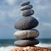 Spontaneità, autenticità ed onestà vanno equilibrate, come le pietre dell'immagine