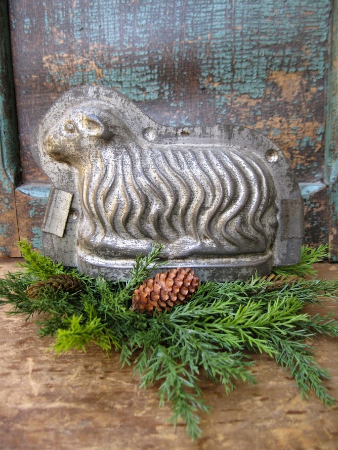Early Lamb Chocolate Mold