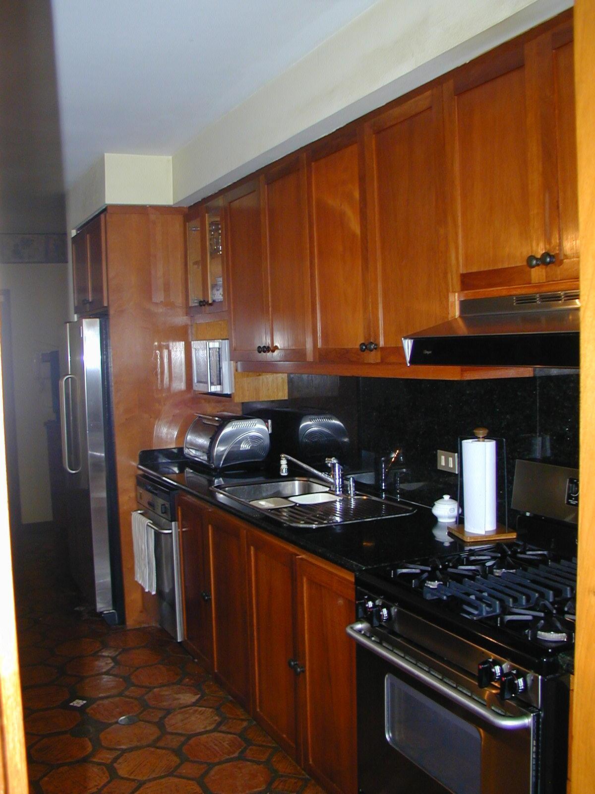 Cocina en caoba y puertas paneladas galera cocina en caoba y puertas paneladas thecheapjerseys Choice Image
