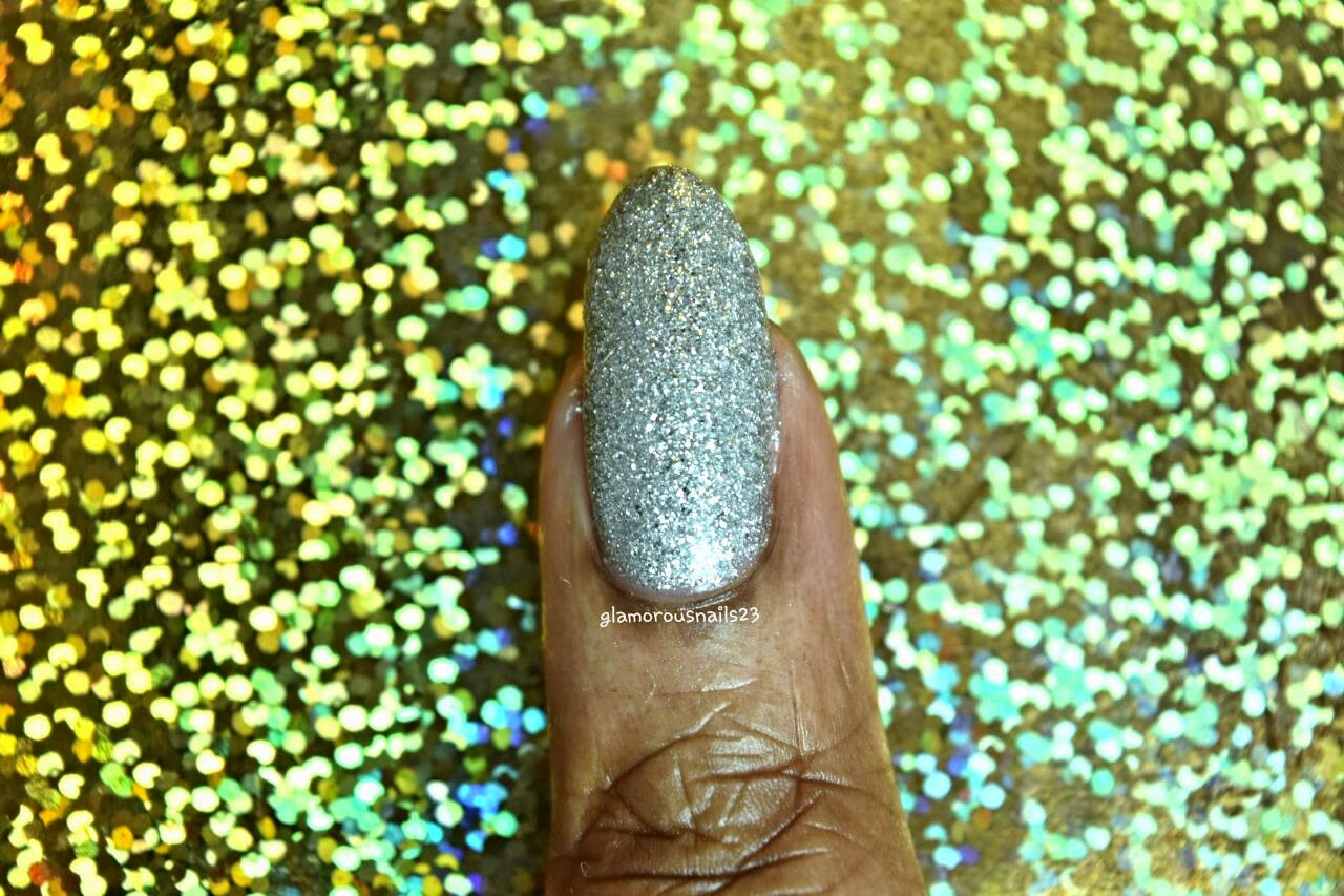 Silver Glitter Accent Nail