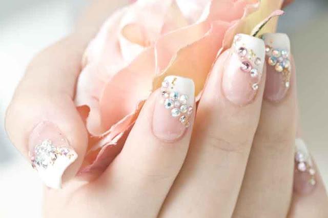 Manicura diferente para novias (bodas) / Different manicure for brides