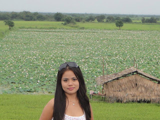 Hor Raksakosal Khmer Cute Girl With Nature Photo 2