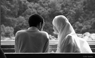 Tipe Tipe Wanita yg Layak Dijadikan Istri