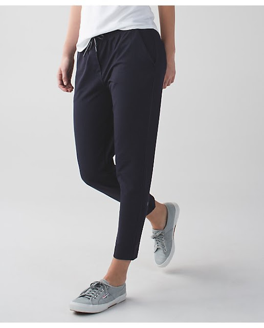 lululemon-denim-jet-crop