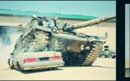 Bosan dengan Kemacetan, Balotelli Ingin Beli Tank