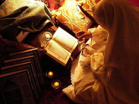 Sumayyah, Memeluk Islam karena Lantunan Al-Quran