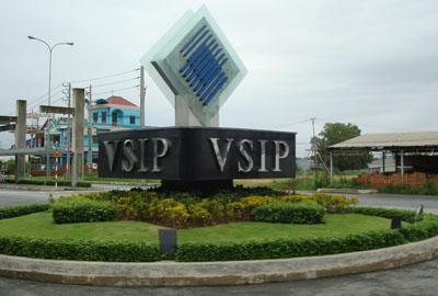 [Nguyên Lợi] Cho thue xe tai 1 tan cho hang tphcm di VSIP 1