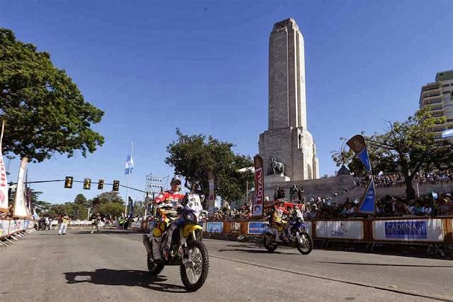 Rally Dakar 2014: comenzó la gran fiesta en Rosario con la largada simbólica ante una multitud Dakar-1821217h627
