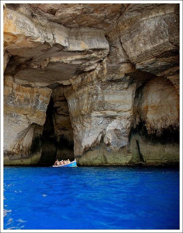 Malta-Les-grottes-de-Dwejra