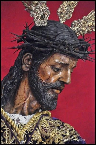 Solemne y Devoto Besapiés en honor de Ntro. Padre Jesús Nazareno, en la Real Iglesia de San Antonio Abad.