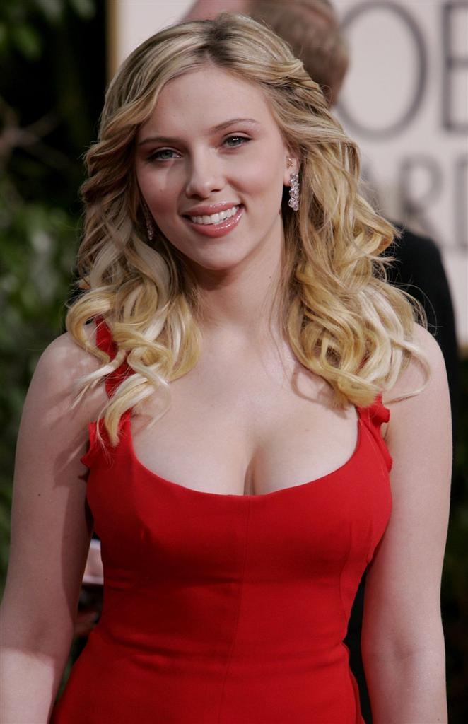 Scarlett Johansson Nude Photos Leaked. To the pleasure of guys all across ...