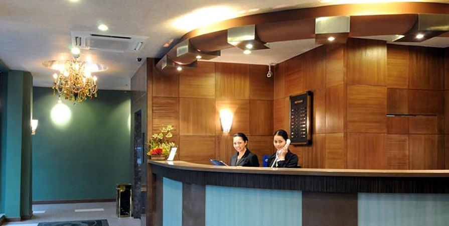 Pearl Lane Hotel reception