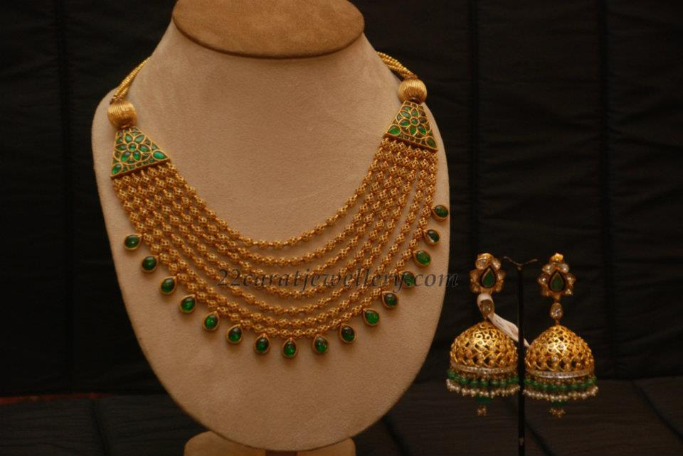 Gold Necklace with Unique Jumkis - Jewellery Designs