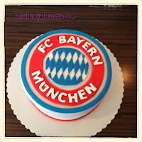 http://www.helllilablassblau.de/2013/12/fc-bayern-munchen-torte.html