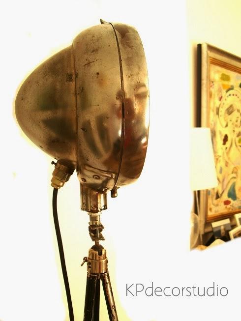 Kp tienda vintage online foco vintage con tr pode antiguo - Lampara foco cine ...