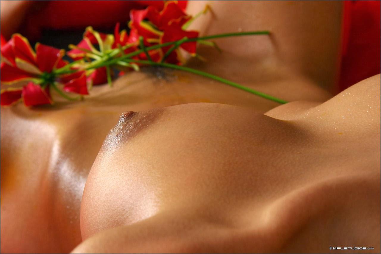 erotic massage girl Indian