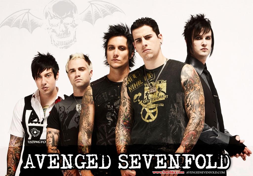 Dan inilah Lirik Lagu Avenged Sevenfold (A7x) - Carry On Gratis yang