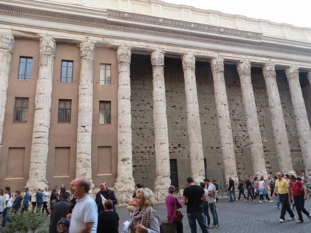 Temple di Adriano, Rome, Italy