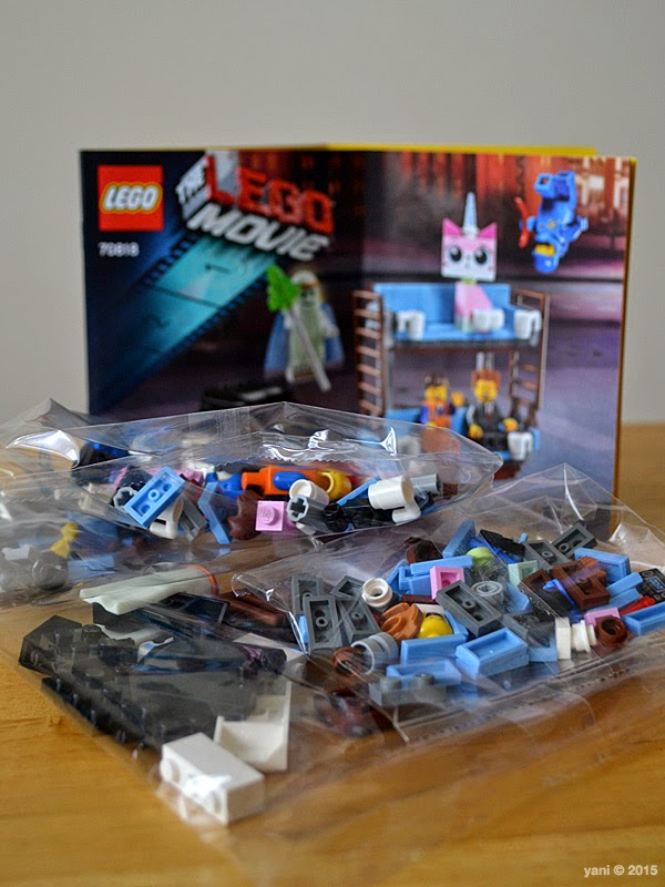 lego: double decker couch - the bags