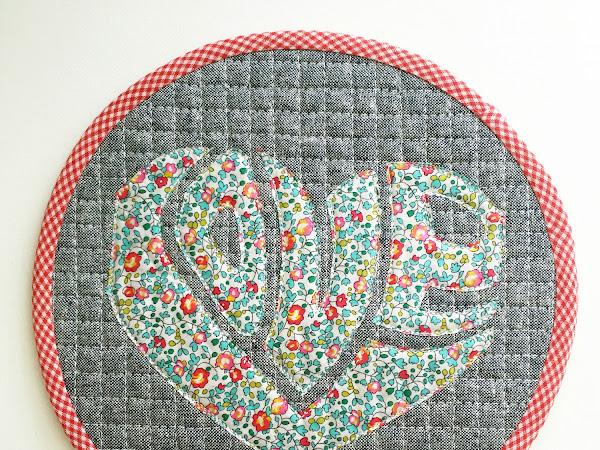 Love Is All Around {Tutorial + Pattern}