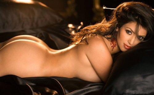 красивые девушки кардашьян фото голая