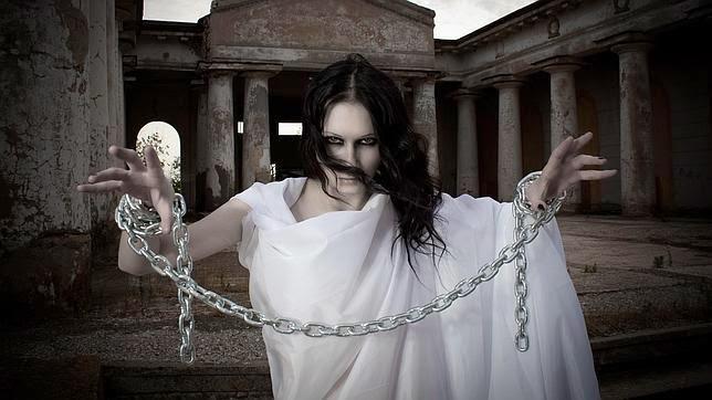 ¿Por qué se representa a los fantasmas con una sábana, cadenas y una vela? Fantasma-sabana-cadenas--644x362