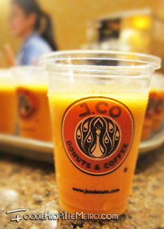 Foodie from the Metro - J.Co Donuts and Coffee Iced Thai Tea