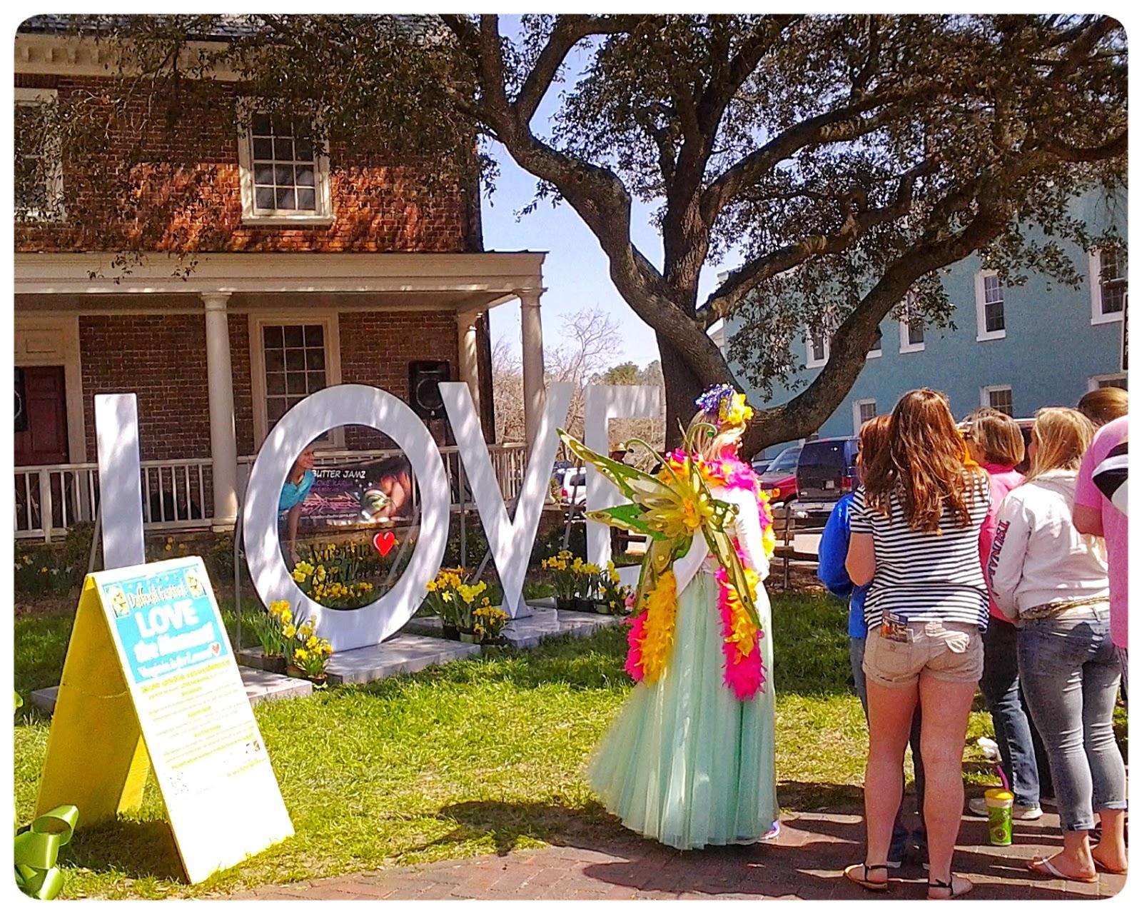 Virginia is for Lovers Sign at 28th Annual Gloucester Daffodil Festival via foobella.blogspot.com